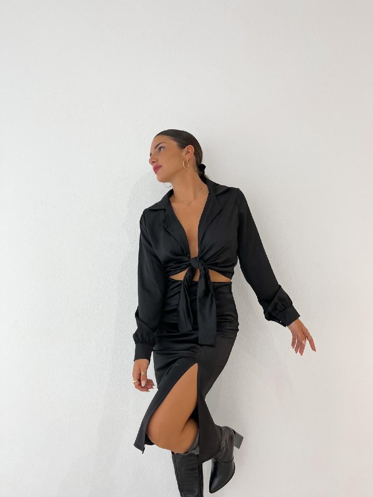 Falda satinada negro