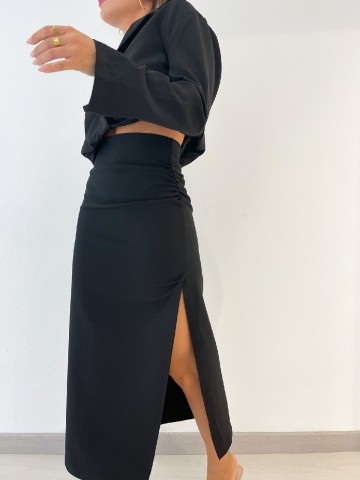 Falda tubo abertura negra