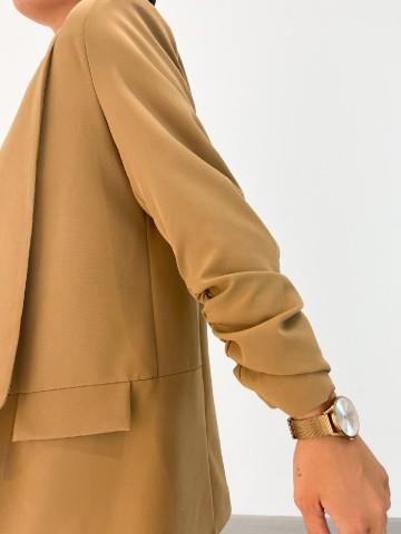 Blazer basica camel