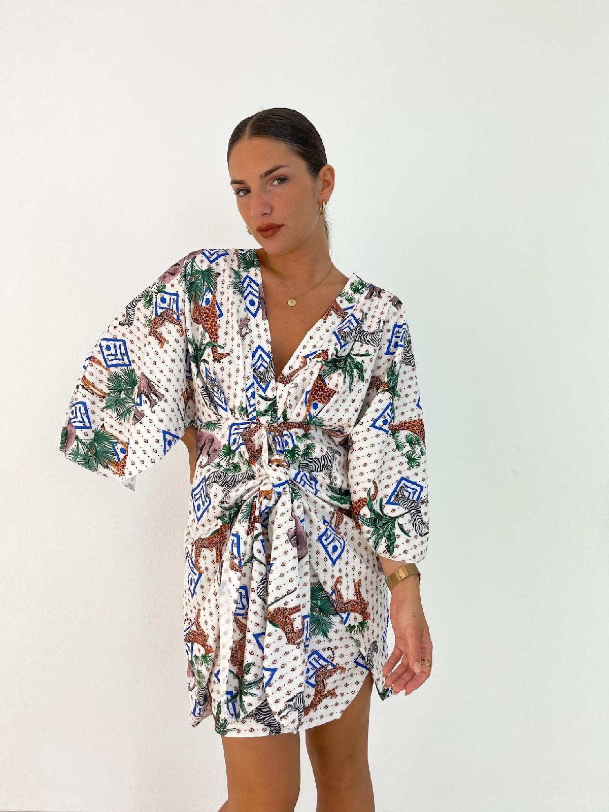 Vestido tropical blanco