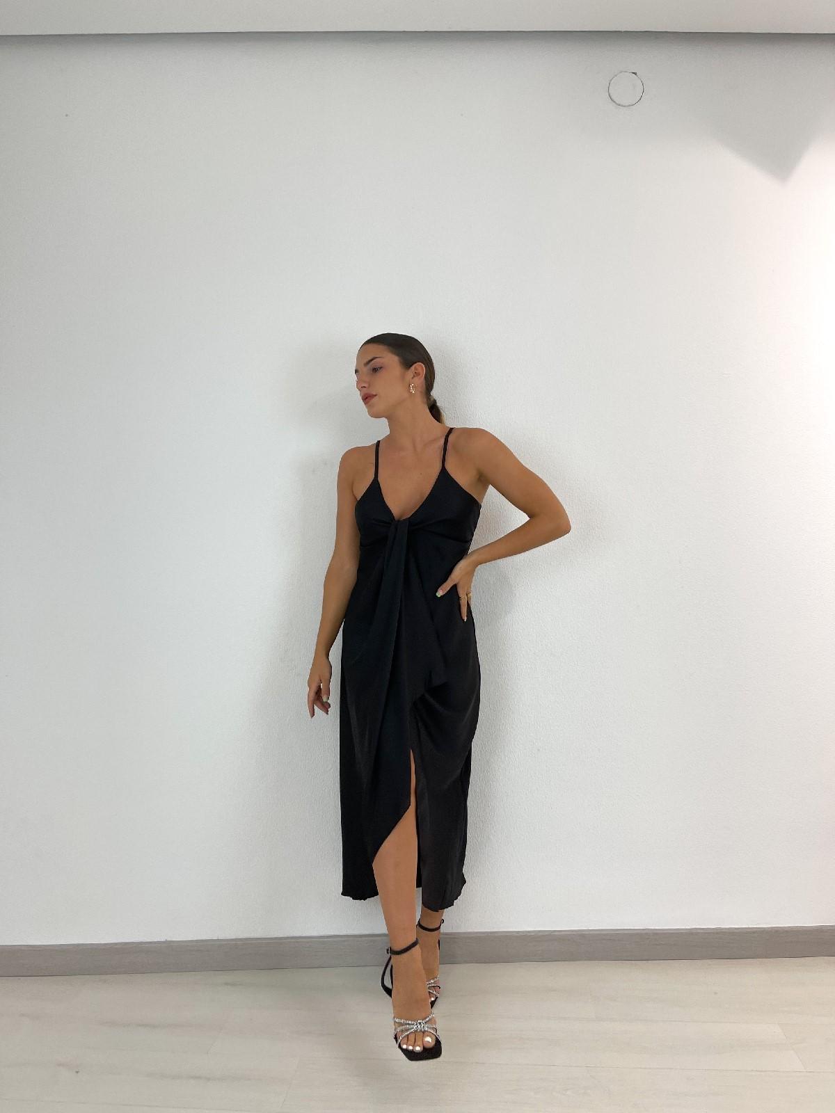 Vestido satinado lazo negro